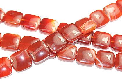 Design 16116: red bulk lots square beads