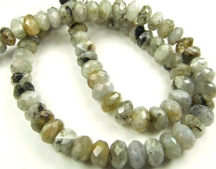 Design 5673: Light Gray labradorite faceted beads