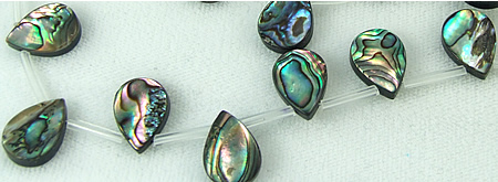 Design 5784: Peacock abalone tear-drop beads