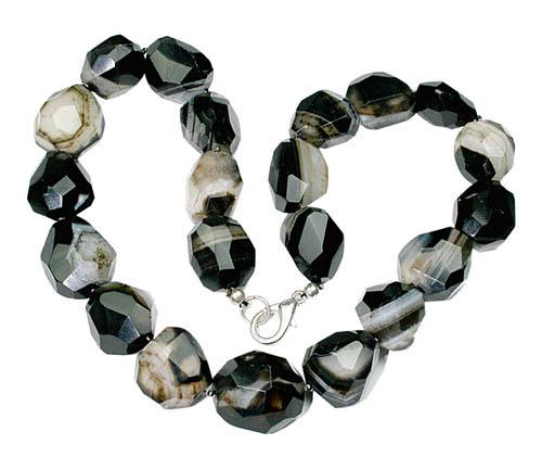 Design 8066: black onyx choker beads