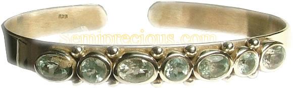 Design 1004: blue blue topaz bracelets