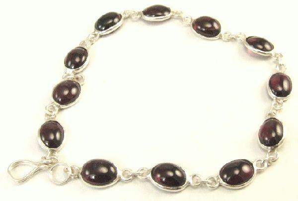 Design 1544: red garnet bracelets