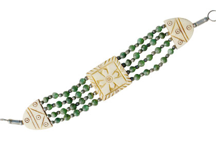 Design 16046: green bone ethnic bracelets