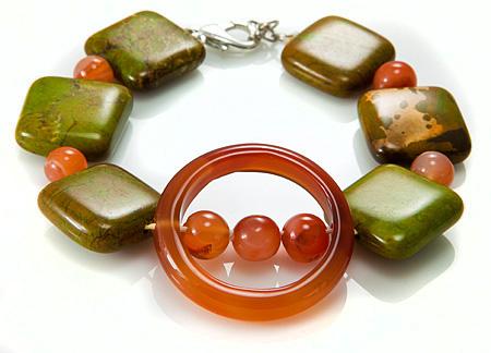 Design 17394: green,orange mohave bracelets