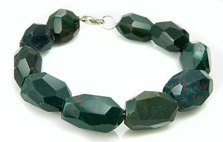 Design 17403: green bloodstone bracelets