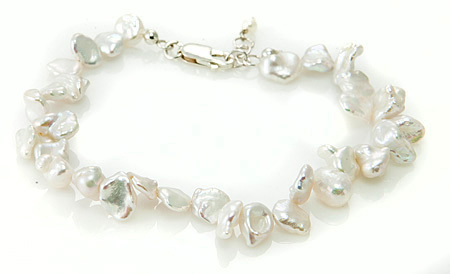 Design 17684: white pearl bracelets