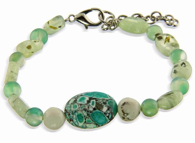 Design 20964: green magnesite bracelets