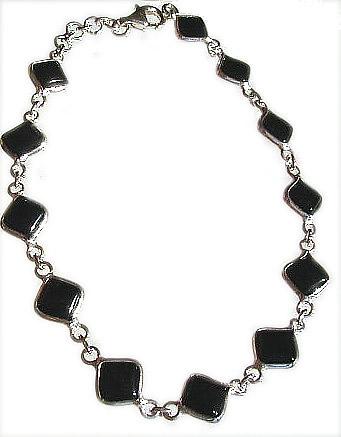 Design 20976: black onyx bracelets