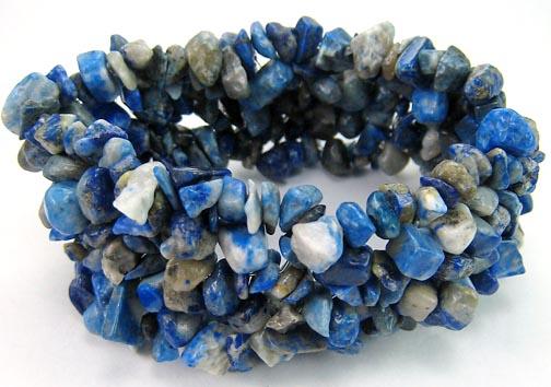 Design 5495: blue lapis lazuli chipped bracelets