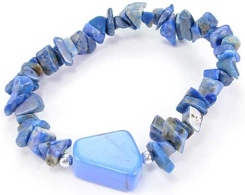 Design 5519: blue lapis lazuli chipped bracelets