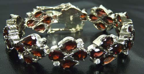 Design 7554: red garnet bracelets