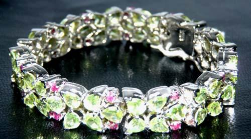 Design 7558: green,multi-color peridot art-deco bracelets