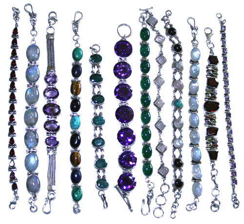 Design 7657: Purple, Green, White bulk lots bracelets