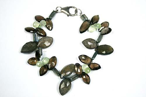 Design 7774: Grey, Green labradorite drop bracelets