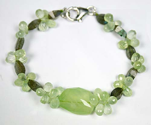 Design 7778: Green, Grey prehnite drop bracelets