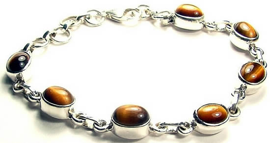 Design 793: brown tiger eye bracelets