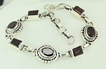 Design 8093: red garnet bracelets
