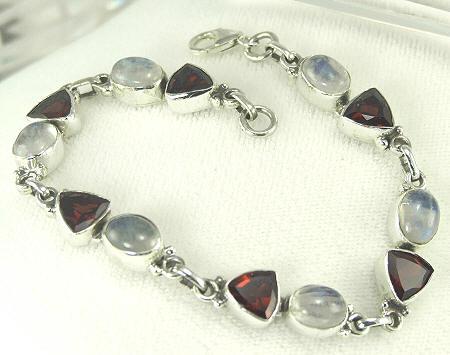 Design 8094: red,white multi-stone bracelets