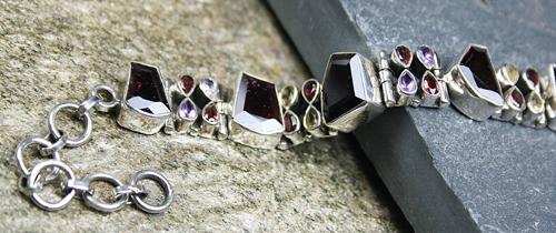 Design 8111: brown garnet chunky bracelets