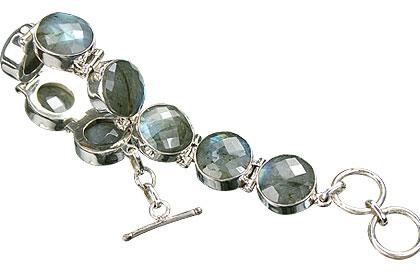 Design 8991: green labradorite bracelets