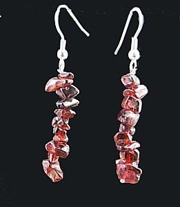 Design 1486: red garnet chipped earrings