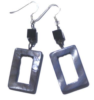 Design 15081: black,blue,gray shell art-deco earrings