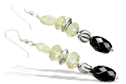 Design 15594: black,yellow lemon quartz earrings