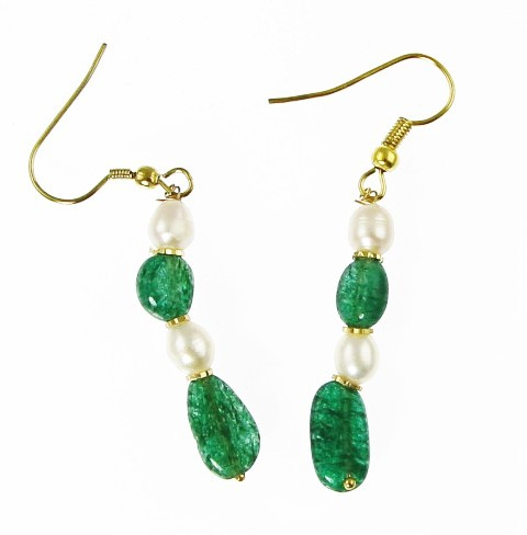 Design 15828: green,white pearl earrings