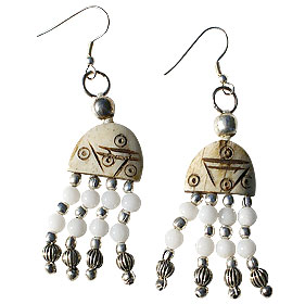 Design 16038: brown,white quartz ethnic earrings