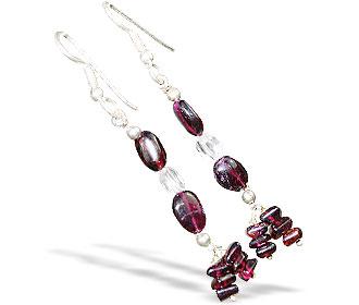 Design 16381: red,white garnet earrings