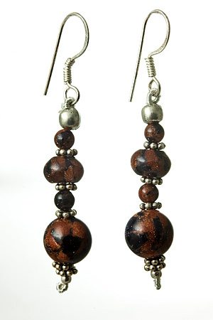 Design 17667: brown goldstone earrings