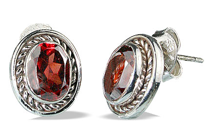 Design 18293: red garnet earrings