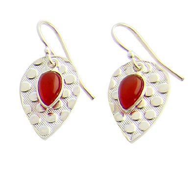 Design 21076: orange carnelian earrings