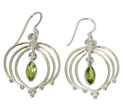 Design 21102: green peridot earrings