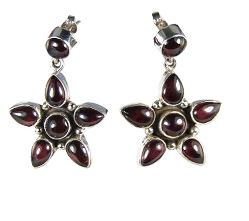 Design 6022: red garnet star earrings