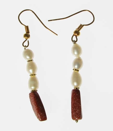 Design 6376: brown,white pearl drop earrings