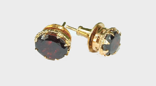 Design 6415: red garnet post, stud earrings
