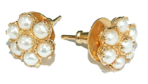 Design 6417: white pearl flower, post, stud earrings