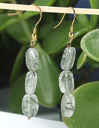 Design 6433: gray rotile earrings