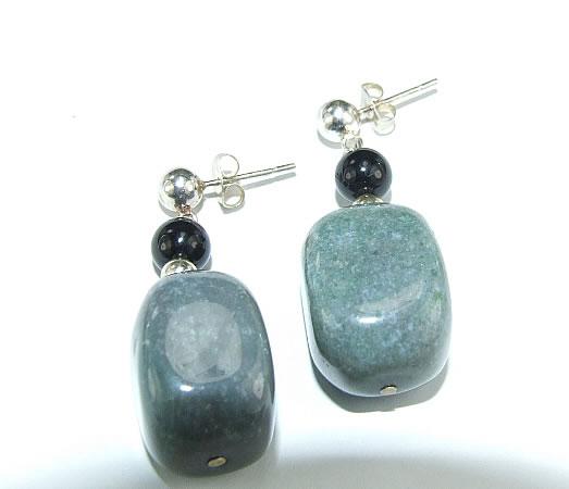 Design 6442: black,green agate post, stud earrings