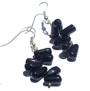 Design 7157: blue goldstone drop earrings