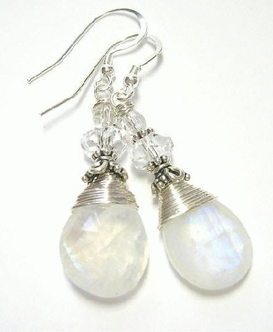 Design 7378: white, blue moonstone earrings