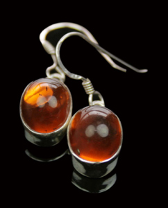 Design 7938: Orange amber earrings