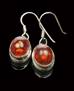 Design 7940: Orange amber earrings