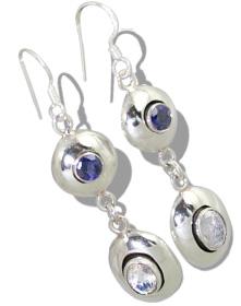 Design 817: white moonstone earrings