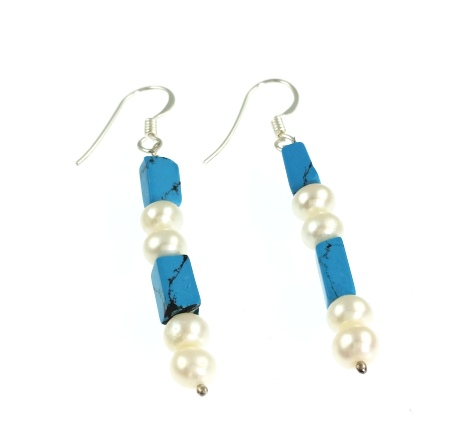 Design 866: blue,white pearl earrings