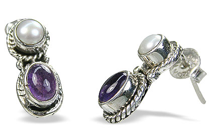 Design 8759: purple pearl ethnic, studs earrings