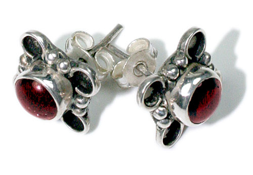 Design 8804: red garnet flower, studs earrings