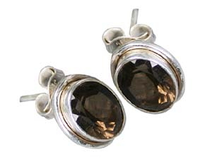 Design 8884: brown smoky quartz studs earrings