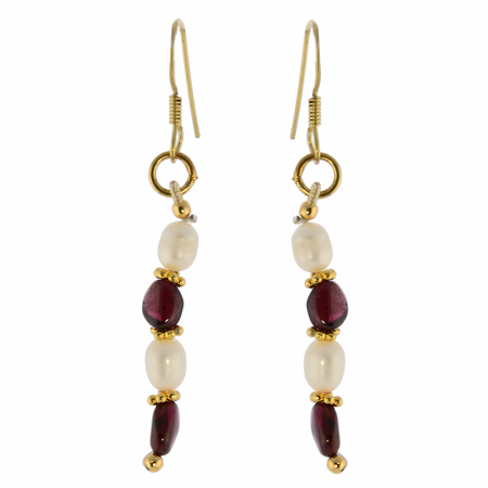 Design 982: red,white garnet earrings